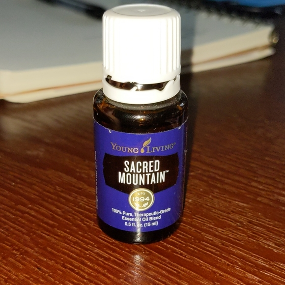 YOUNG LIVING Sacred Mountain Essential Oil 15 mL